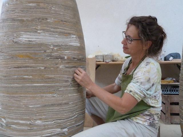 Gebaute Formen aus eingefärbtem Ton mit Dorothee Wenz (Kalkspatz Seminar) @ Keramikwerkstatt von Katrin Apel | Steinach | Bayern | Deutschland